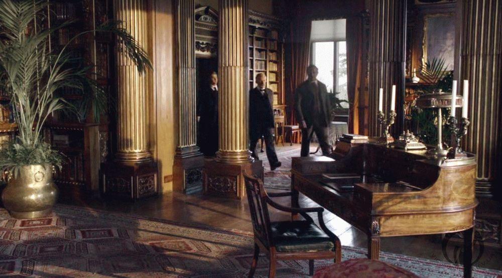 Downton_kabinet_1