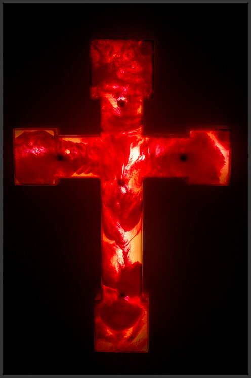 "Гаэтано Пеше (Gaetano Pesce). Светильник ""Cross Lamp"""