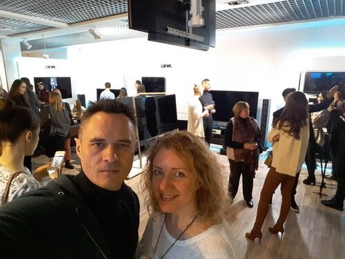 Презентация салона LOEWE. На фото Виктор и Ольга Цвиль. Мастерская дизайна ViO-design